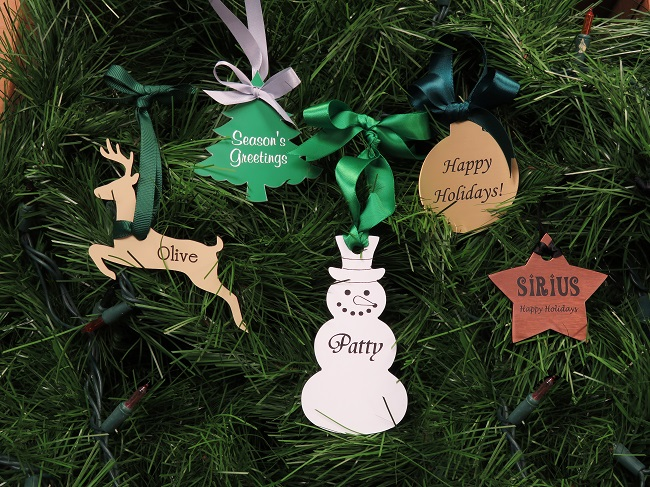 using custom shape name tags for holiday ornaments and tree decorations